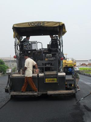 ASPAL FINISHER (Asphalt Paver)